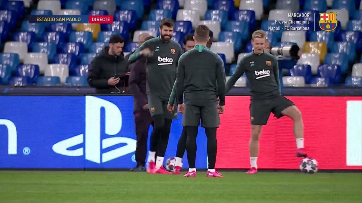 RT @FCBarcelona: 🔄 RONDO TIME | @3gerardpique & @QSetien in the middle! https://t.co/NFfyMTW4yi