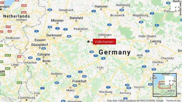 Several people are hurt after a driver plows into a carnival parade crowd in the German town of Volkmarsen https://t.co/EKCV0lesr8 https://t.co/uW9dQfnM31