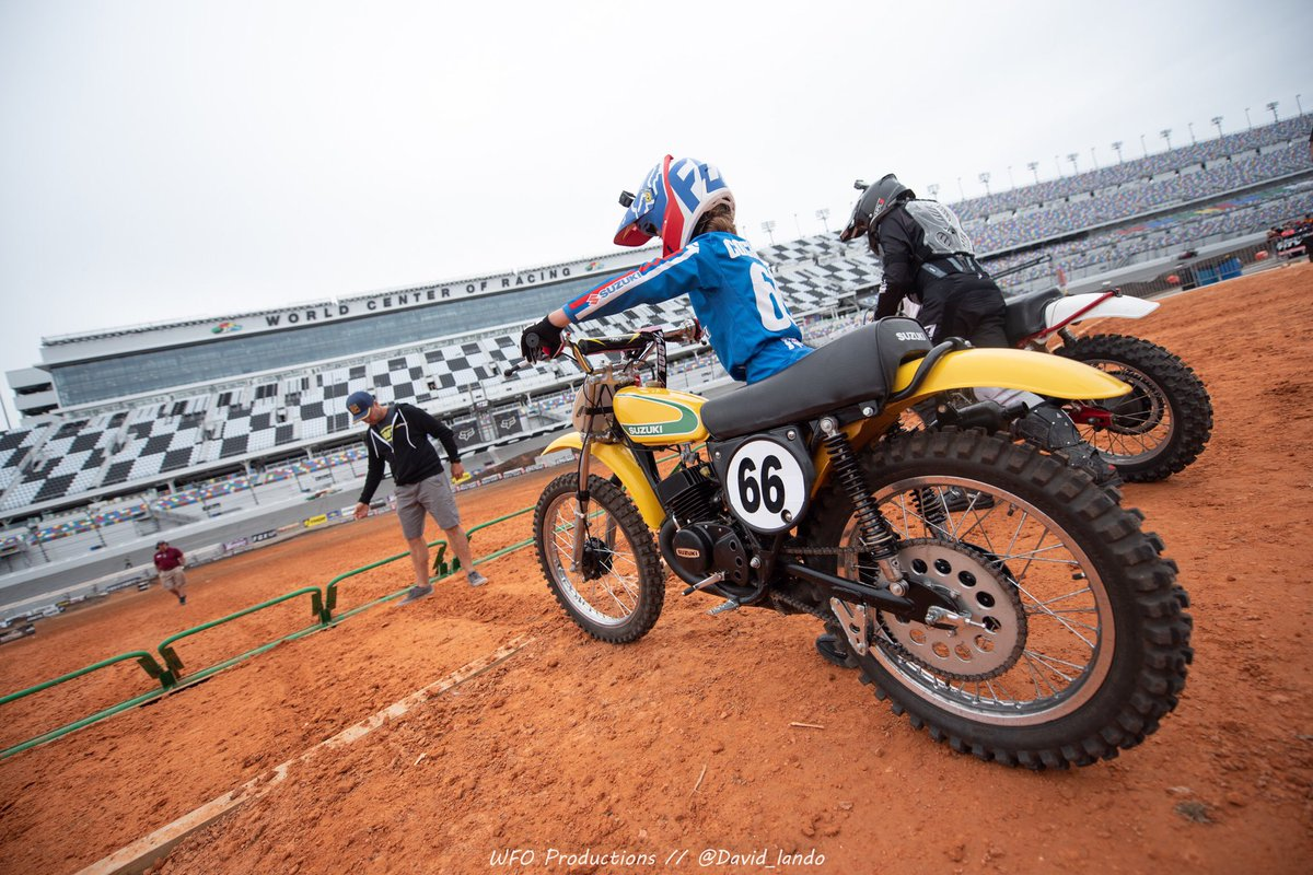 Even the little guys rip Vintage SX ✊🏼 03.10.20 🌴 #Vintage #Supercross #DVSX  to Register