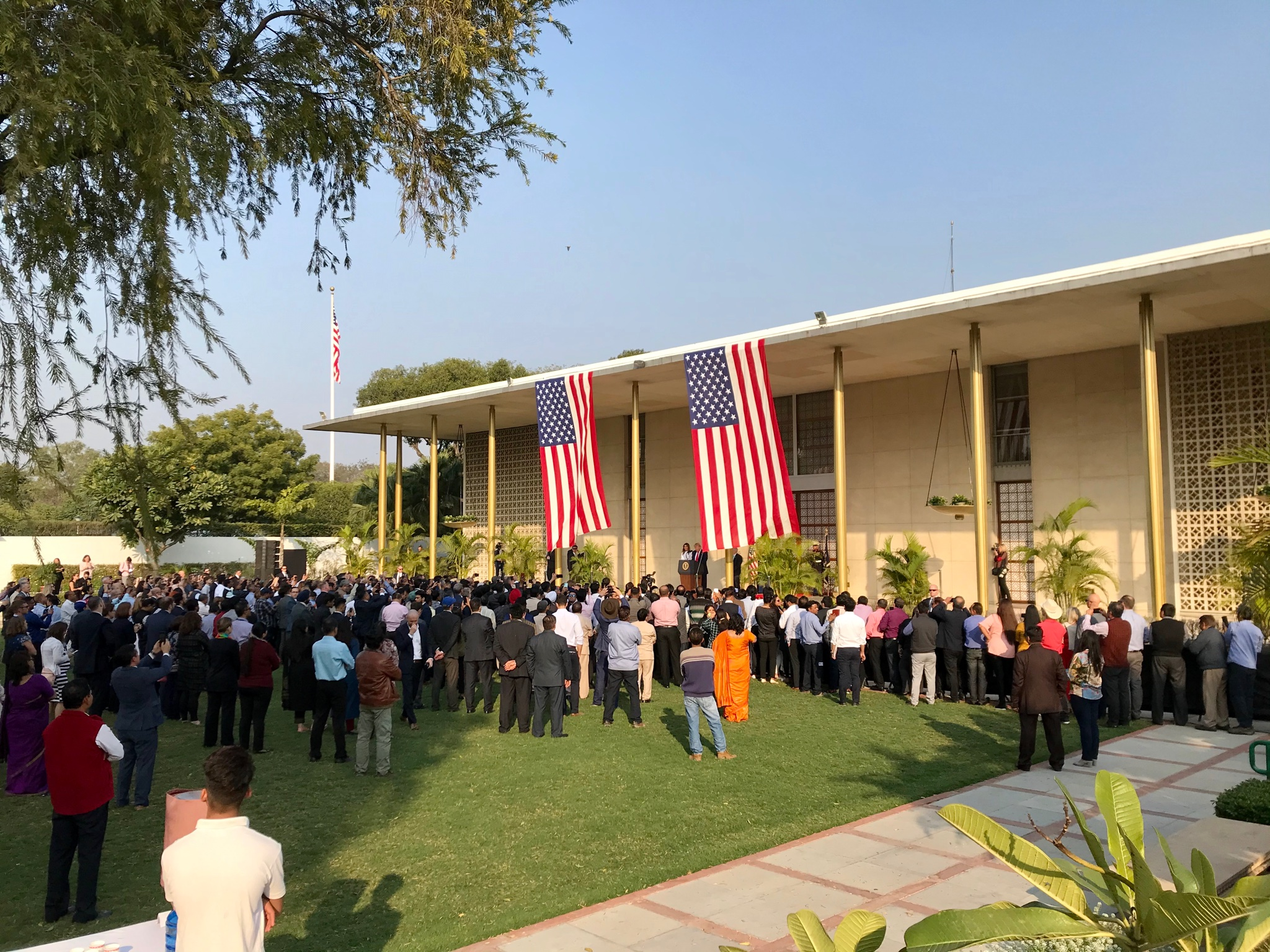 We've seen firsthand that @USAmbIndia and the entire staff @USAndIndia do an amazing job advancing American interests in India. @POTUS and @FLOTUS thanked them today in Delhi for helping make this trip a success. We appreciate all they and their families do for our country! https://t.co/Wn49Ucfubg