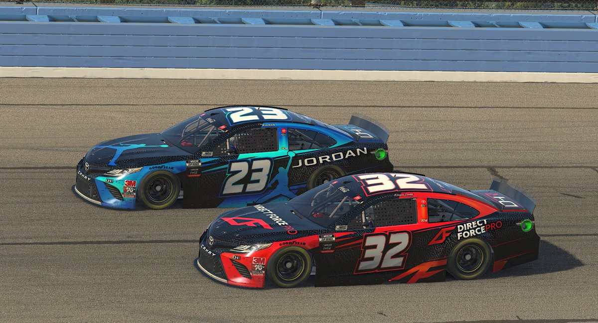 Big chillin'  @DennyHamlin has his drivers running 1-2 early in the going at @ACSupdates.   | @DHR_eSports