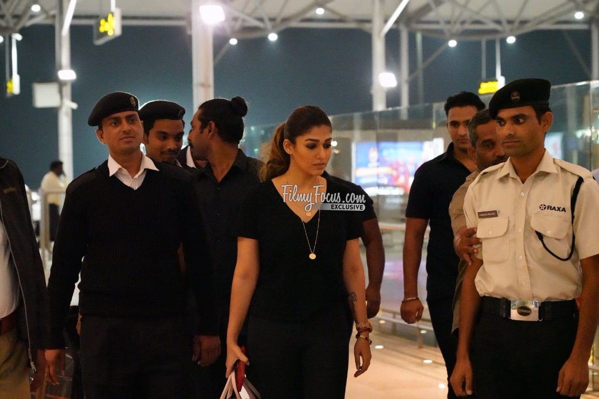 Lady Superstar #Nayanthara Spotted at The RGIA..!  #ActressNayanthara #ActorNayanthara #Whistle #SyeraaNarasimhareddy #Darbar #Airportlook #AirportDiaries #CelebSpotted #FilmyFocus