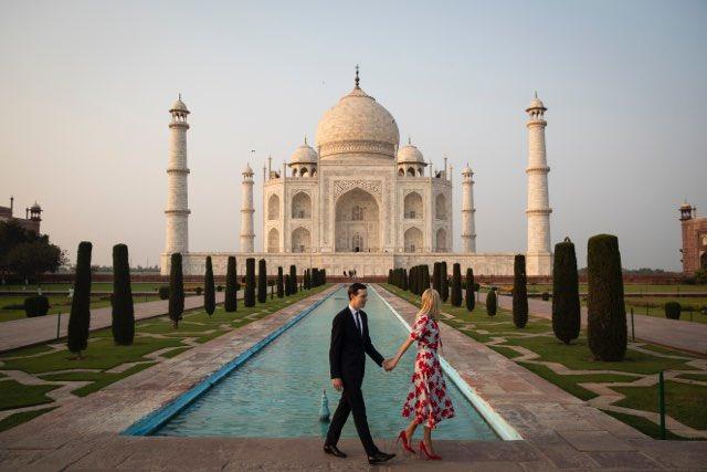 Thank you India! 🇺🇸🇮🇳 📷 @al_drago @Reuters
