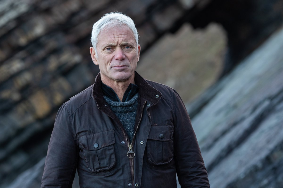 From mafia murders to the Loch Ness monster, Jeremy Wade uncovers a whole host of deep sea mysteries with #MysteriesOfTheDeep. Are you ready to dive into an all-new series? See it on the @ScienceChannel channel April 2nd… https://t.co/bZccmIamH5 https://t.co/hQlkJ4Gxjt