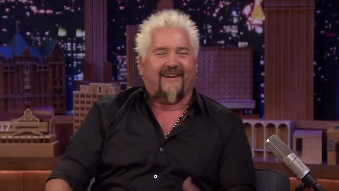 Al Pacino gave @GuyFieri his cooking approval at @TheSlyStallone's party #FallonTonight