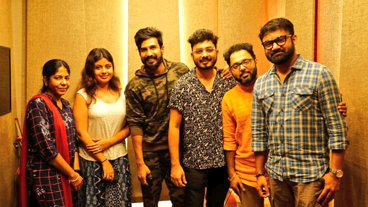 #Payanam from #FIR is said to be a melodious number   @AbhayJodhpurkar has recorded his vocals, once again for @TheVishnuVishal after Oruthi Mele from Jeeva.   @itsmanuanand @MusicAshwath @VVStudioz