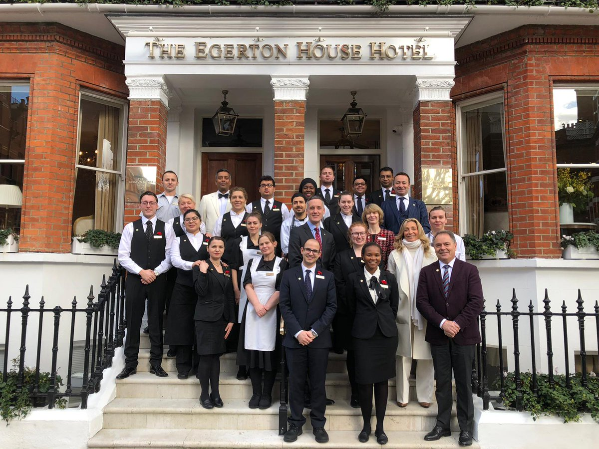 Yesterday we welcomed @FilipBoyen, CEO of @ForbesInspector along with Chris Fradin to anoint the team at the Egerton with their Forbes Five-Star pins.  Vicki Tollman and @J_Raggett congratulated the staff for their hard work and fantastic efforts. Well done team! #FTG