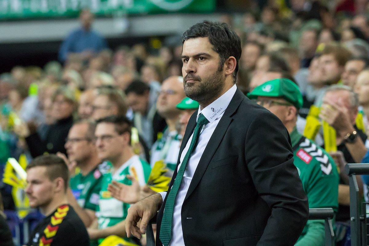 ❗UPDATE❗ Die Handball-Bundesliga GmbH hat am Donnerstagnachmittag entschieden, mit sofortiger Wirkung den Spielbetrieb der Handball-Profiligen bis Ende April auszusetzen. Alle Infos findet ihr hier: https://t.co/FPztlXl7GS https://t.co/qGOShaFDQT
