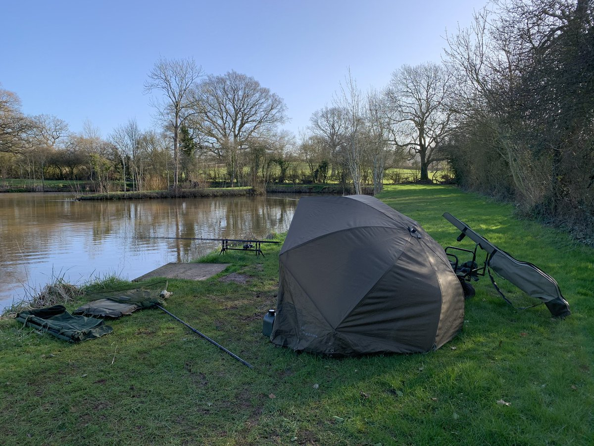 Looking good for a <b>Bite</b> 🎣 come on carp #carpfishing #angling #carplife https://t.co/joTMfz