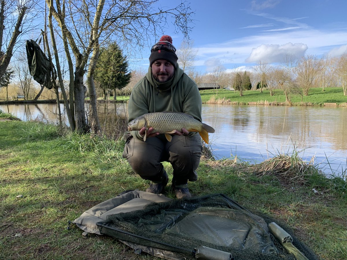 Caught just the 2 small carp <b>Today</b> i did also catch a bream but we wont talk about that 🙄�