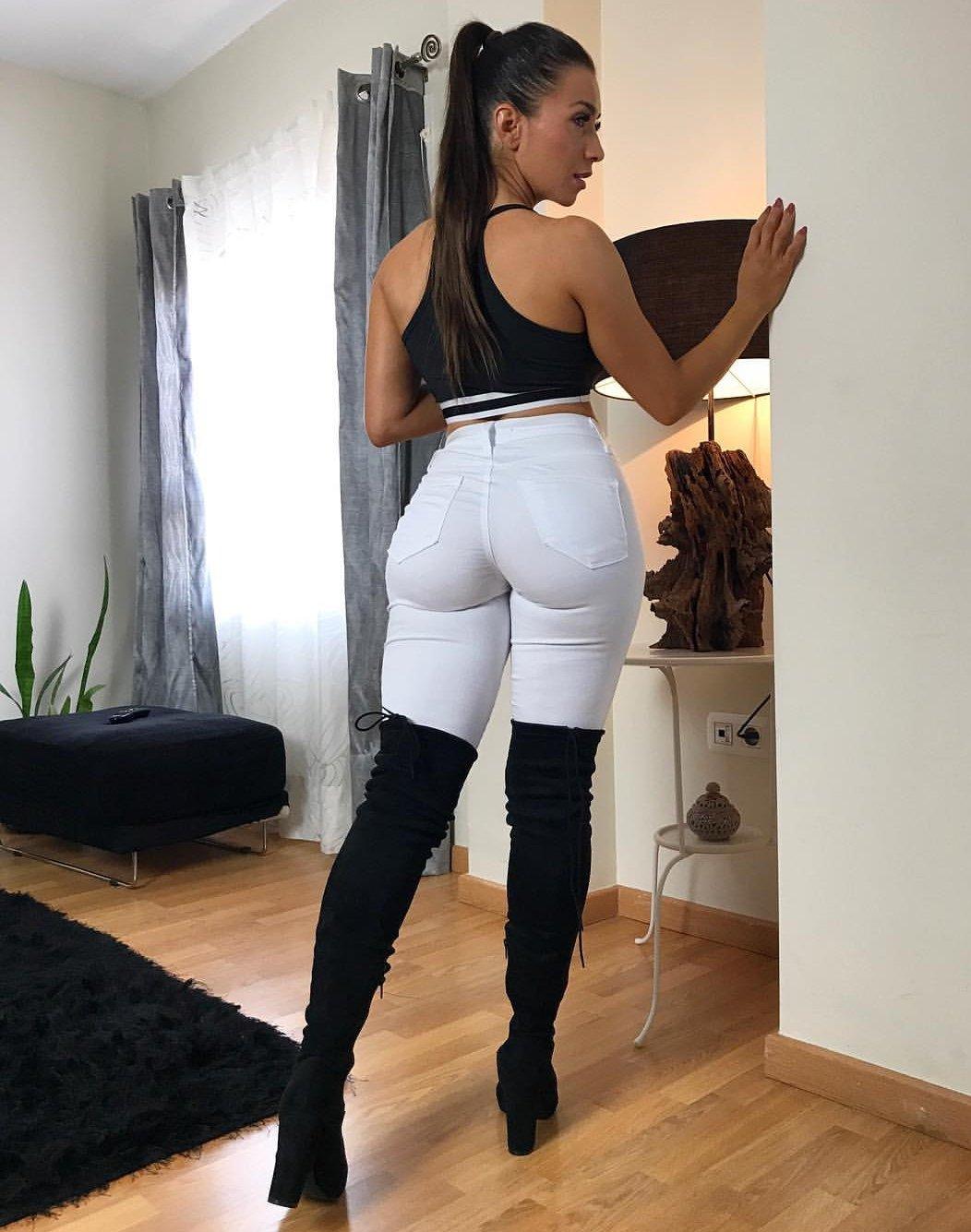 Do you like My white skintight trouser? https://t.co/z7FlUHulmK