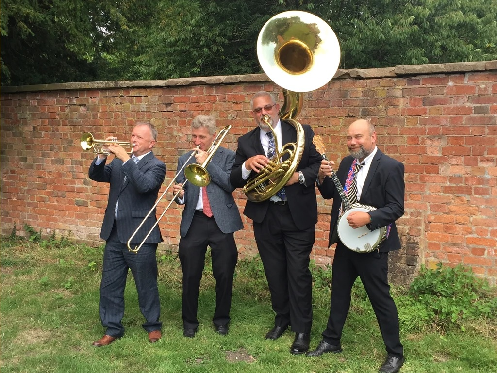 "test Twitter Media - THURSDAY 26TH MARCH 2020 PETE RUDEFORTH JAZZ BAND  ""Dixieland to the Duke""  Great new band led by ex Chris Barber trumpeter, Pete Rudeforth with top jazz stars  01234 320 022 FOR TICKETS  Superb venue. Real ales and good food available.  Tickets £10 in advance [£12 on door]. https://t.co/gUFfpL2aTz"