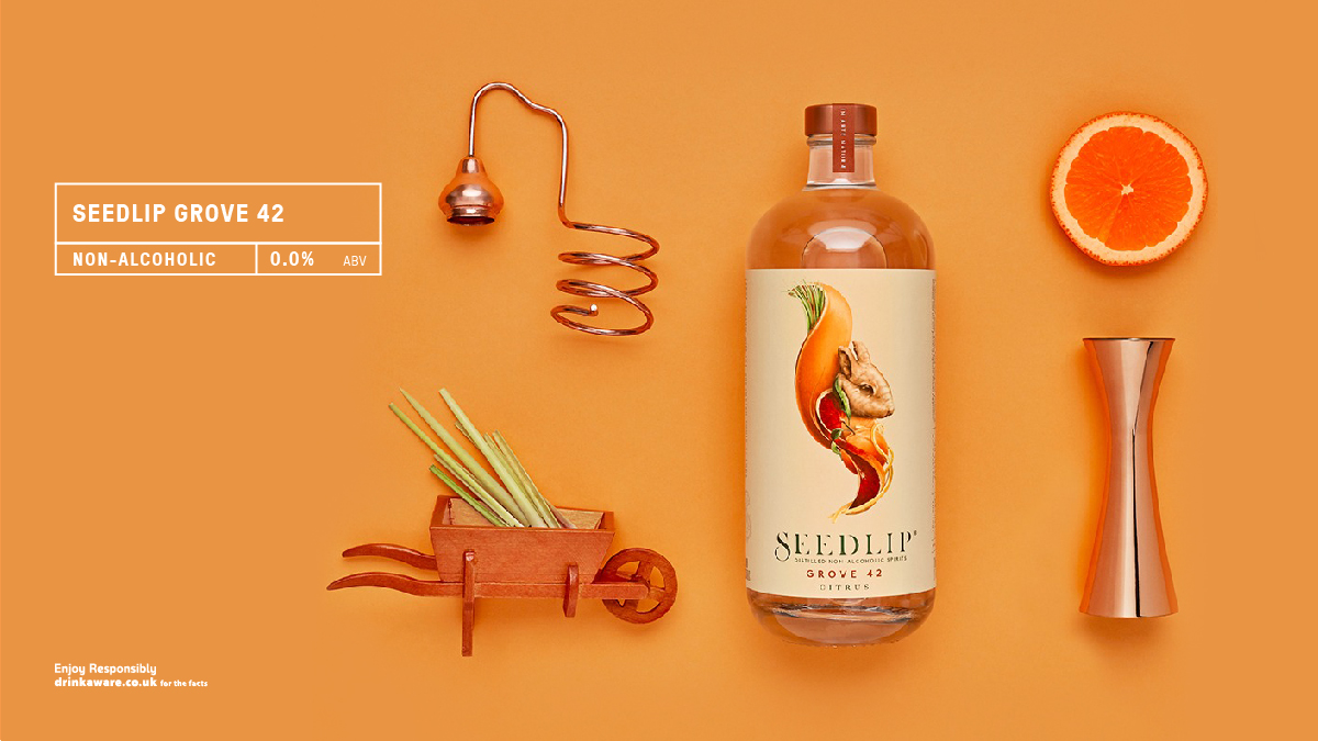 Blood orange, mandarin and lemon give @SeedlipDrinks Grove 42 a powerful zesty flavour. Ginger and lemongrass add freshness and peppercorns finish everything off with a subtle prickle. #nonalcoholic #highball  Read more here https://t.co/COA56DWjqa https://t.co/GHLDFdXokM