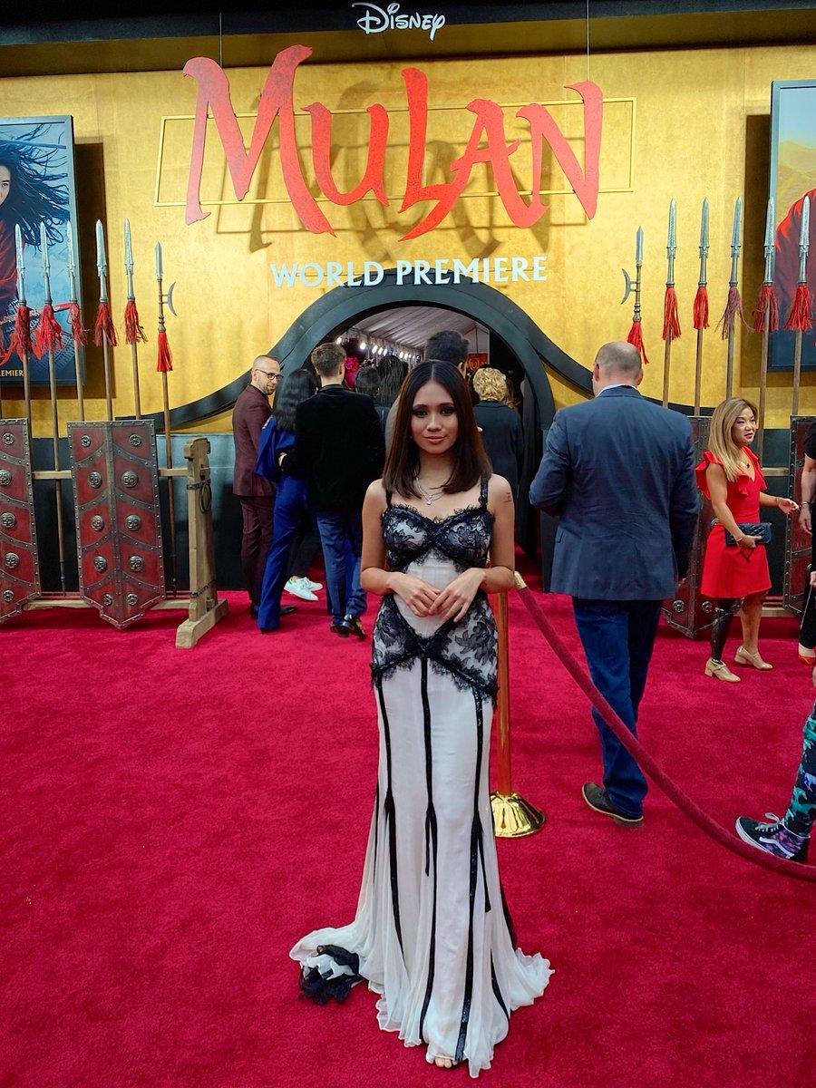in @dolcegabbana at the @DisneysMulan premiere 🤍⚔️🖤