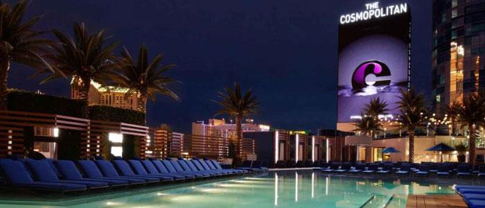 Dive In Movies At The Cosmopolitan Las Vegas    @Cosmopolitan_LV  #thingstodoinvegas