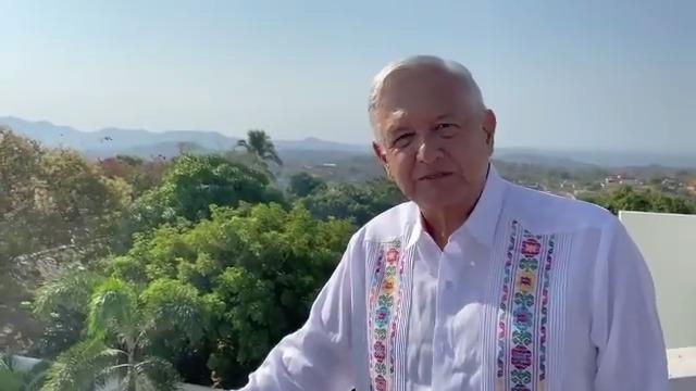 Ayer participamos en la 83 Convención Nacional Bancaria en Acapulco y en la tarde noche llegamos a Ometepec para estar dos días en la Costa Chica de Guerrero.