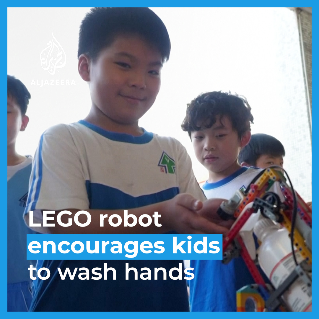 These school children built a disinfectant dispenser robot out of legos to help their classmates with coronavirus prevention 😍