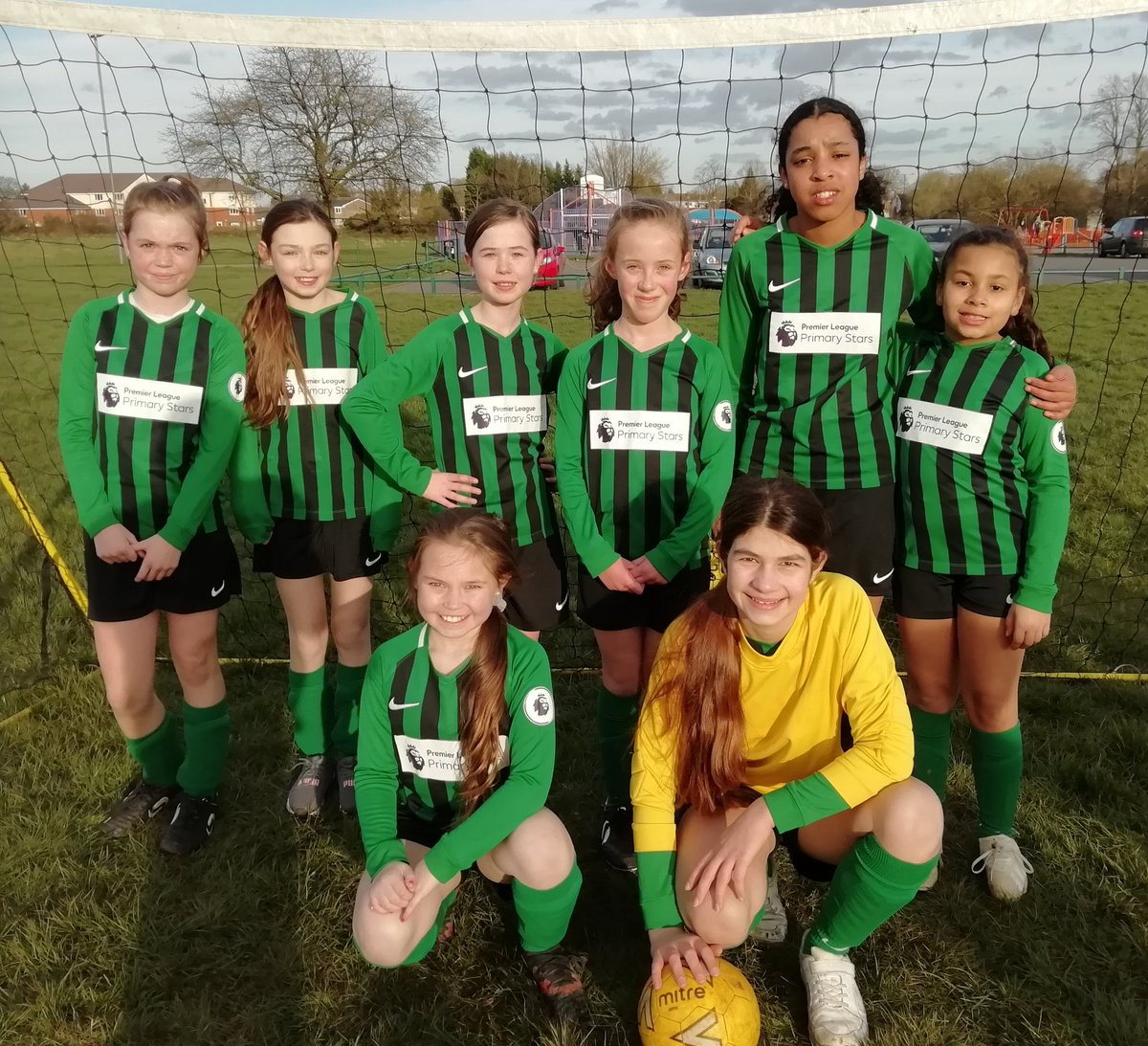 test Twitter Media - Girls and boys both played against The Oaks tonight. The girls lost a close game 1-2 (in the dying minutes) and the boys 1-7, this included a fantastic second half having been 0-5 down at half time. https://t.co/3MbN3Qd927