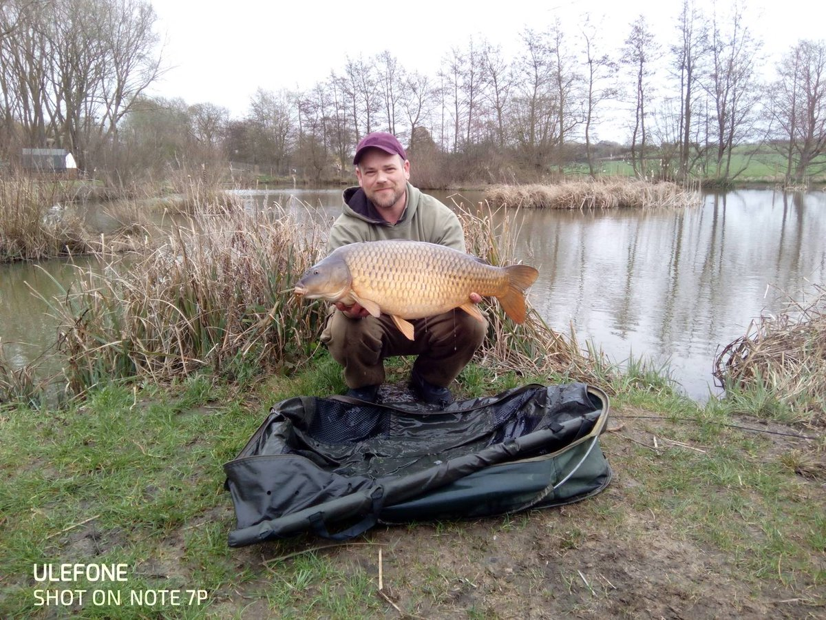 Third (and smallest) of the session for Paul Fuller on the Back Lake. #CarpFishing #Suffolk https://