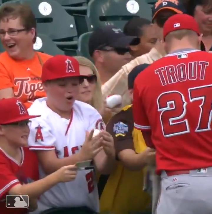 Wholesome content 🤗⚾️  (via @MLB)