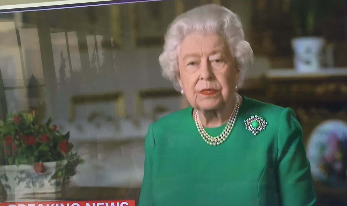 An inspirational speech by HRH Queen Elizabeth — great content, extremely well delivered, uniting, softly but clearly directive, balanced in its re-assurance ... and striking the right balance between domestic and global issues.   @RoyalFamily #uk #QueensSpeech #QueenElizabeth