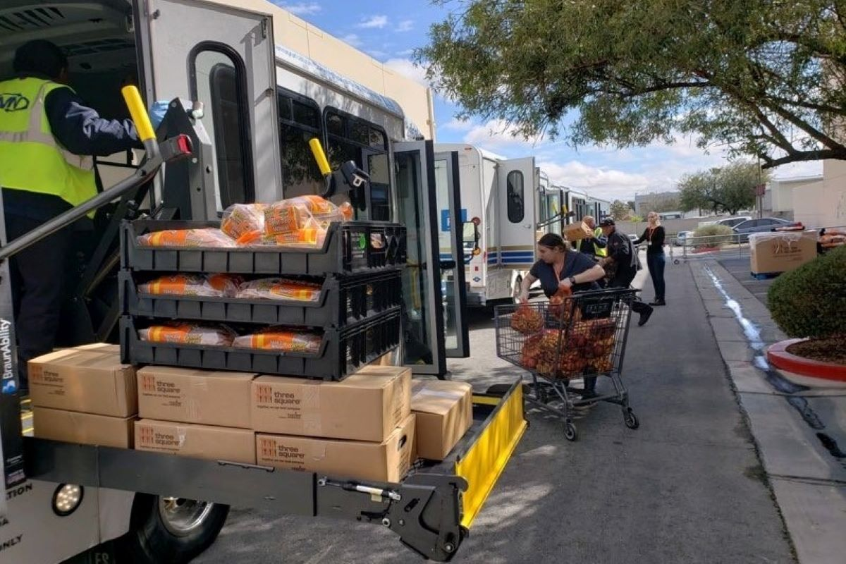 We're teaming up with @threesquareLV to deliver food to seniors in the community, in an effort to ensure those who are unable to leave their homes can receive the essential goods through the food bank's Senior Hunger Program.  #StayHomeForNevada