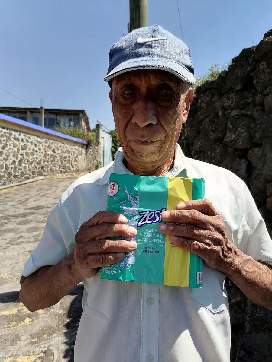 Continúa @DIF_Morelos entrega de donativos ante el Coronavirus.  Los apoyos llegaron a manos de habitantes de los municipios de Yecapixtla, Tepoztlán y Huitzilac.