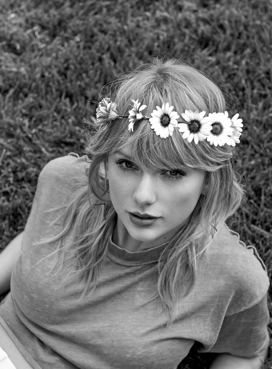 .@taylorswift13 is taking over the Amplify: Women's History Month playlist and sharing songs from the women that helped carve her path. Take the journey now ➡️ https://t.co/UaLYhb6YR3 https://t.co/QCbtbUhS9O