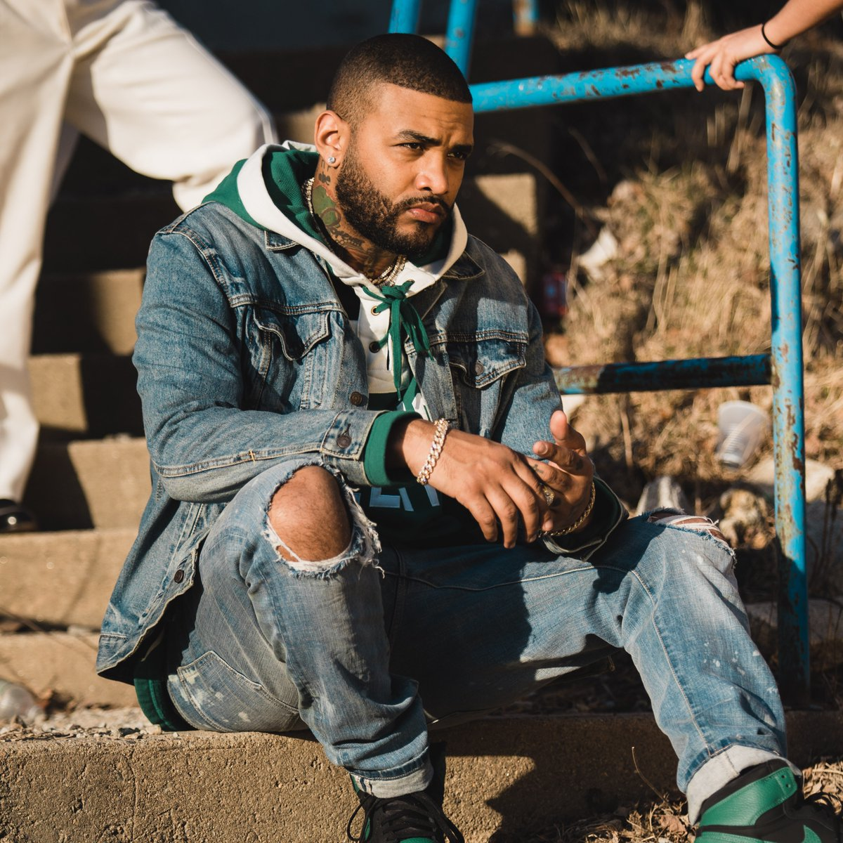 We've been waiting for this 🙏 Listen to the new @JoynerLucas album #ADHD now https://t.co/uiqJPhW6mc https://t.co/V816Kol5zm