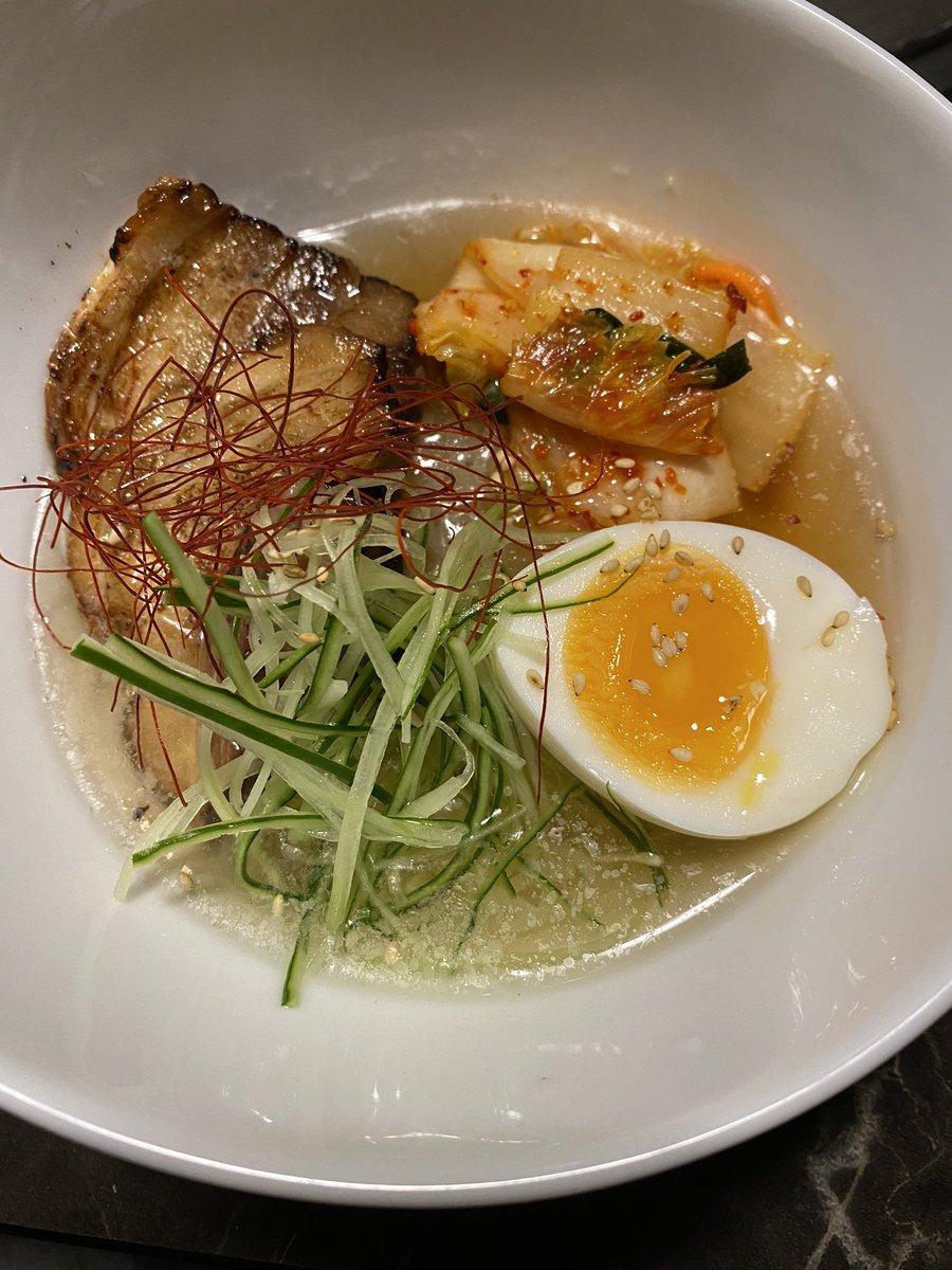 test ツイッターメディア - 地元の焼肉屋美味しかった 神戸行った時に行った鉄板焼きの店と同じ塩あってめっちゃ好み 肉はもちろんプリンも冷麺も美味しかったからまた行くかな 今度は豚骨ラーメンを締めにしよ https://t.co/N7s0NNvsbY