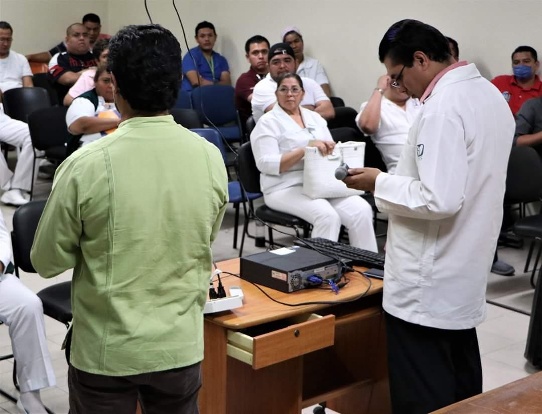 #SNTSS Capacitación a personal médico y de apoyo para atener la contingencia sanitaria por #COVID19.   Sección IV #VeracruzSur #Cosamaloapan  HGZ No. 35