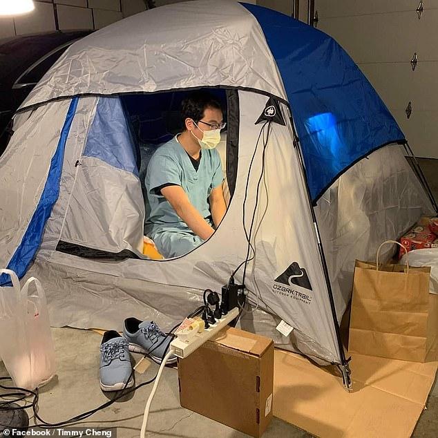 妻と子供たちをコロナウイルスから守るため自宅のガレージにテントを張って住む事を決めたカリフォルニアの医師