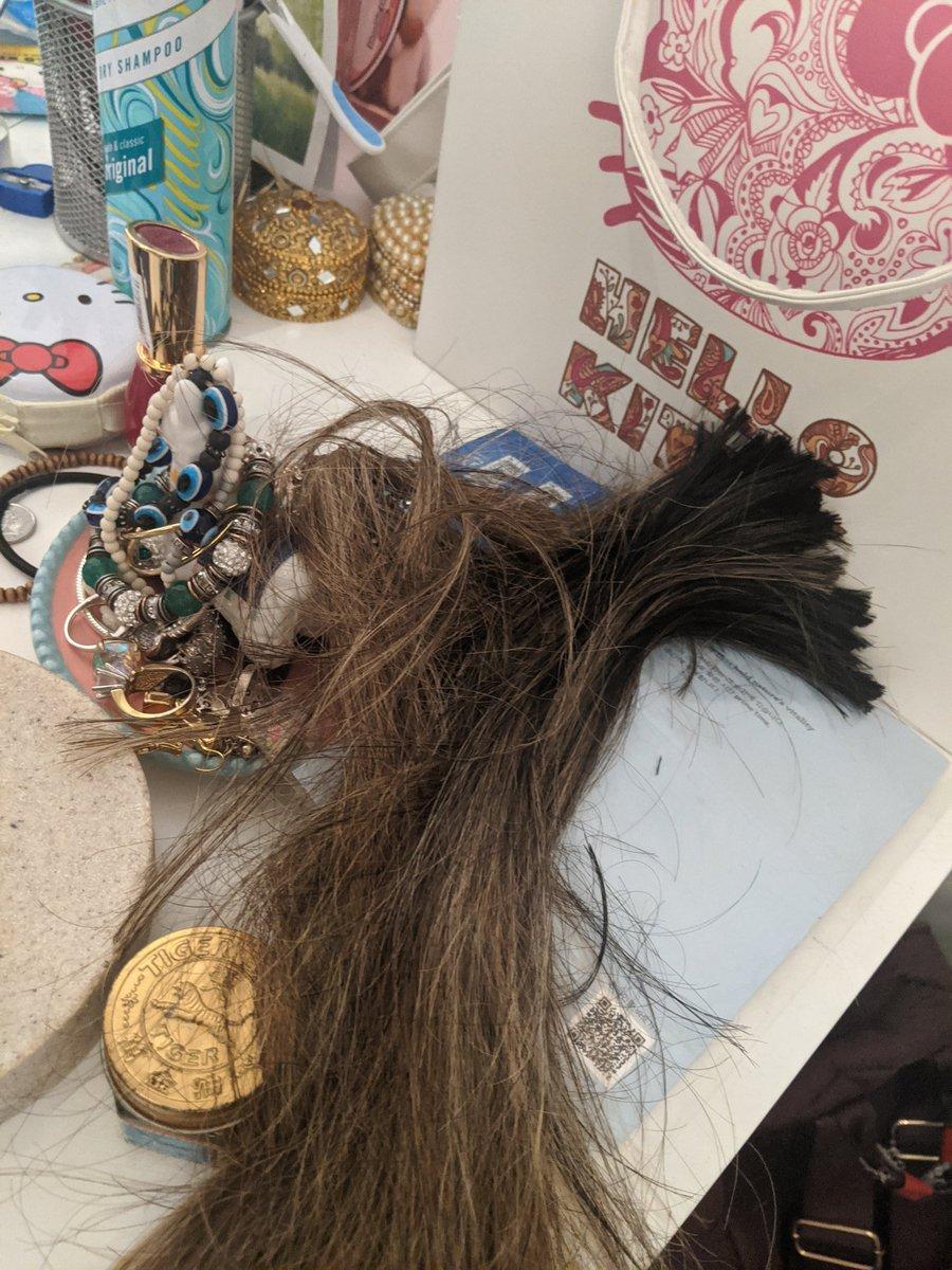 test Twitter Media - Hair salon isn't open. Drastic times calls for drastic measures. 😱 P.S. I am not a trained hairdresser. https://t.co/ulEUWMHnzW