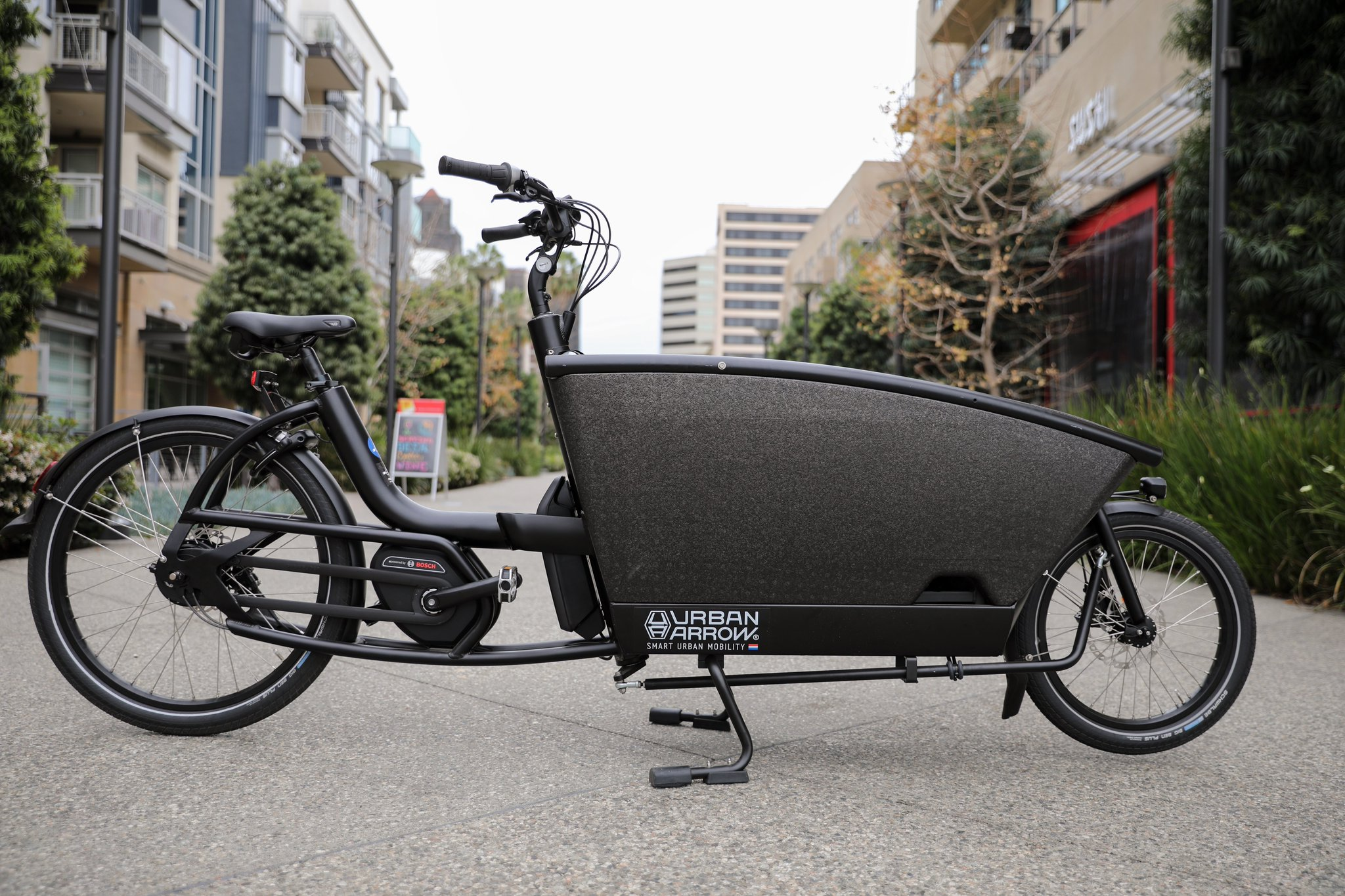 Urban Arrow Family takes you and your children wherever you want to go. No more worries about your busy schedule, kids needing to be picked up or dropped off, fetching groceries or shopping trips. #urbanarrow #electricbike #ebike #electricbikes #urbanarrowfamily https://t.co/R7ciFhlsy7