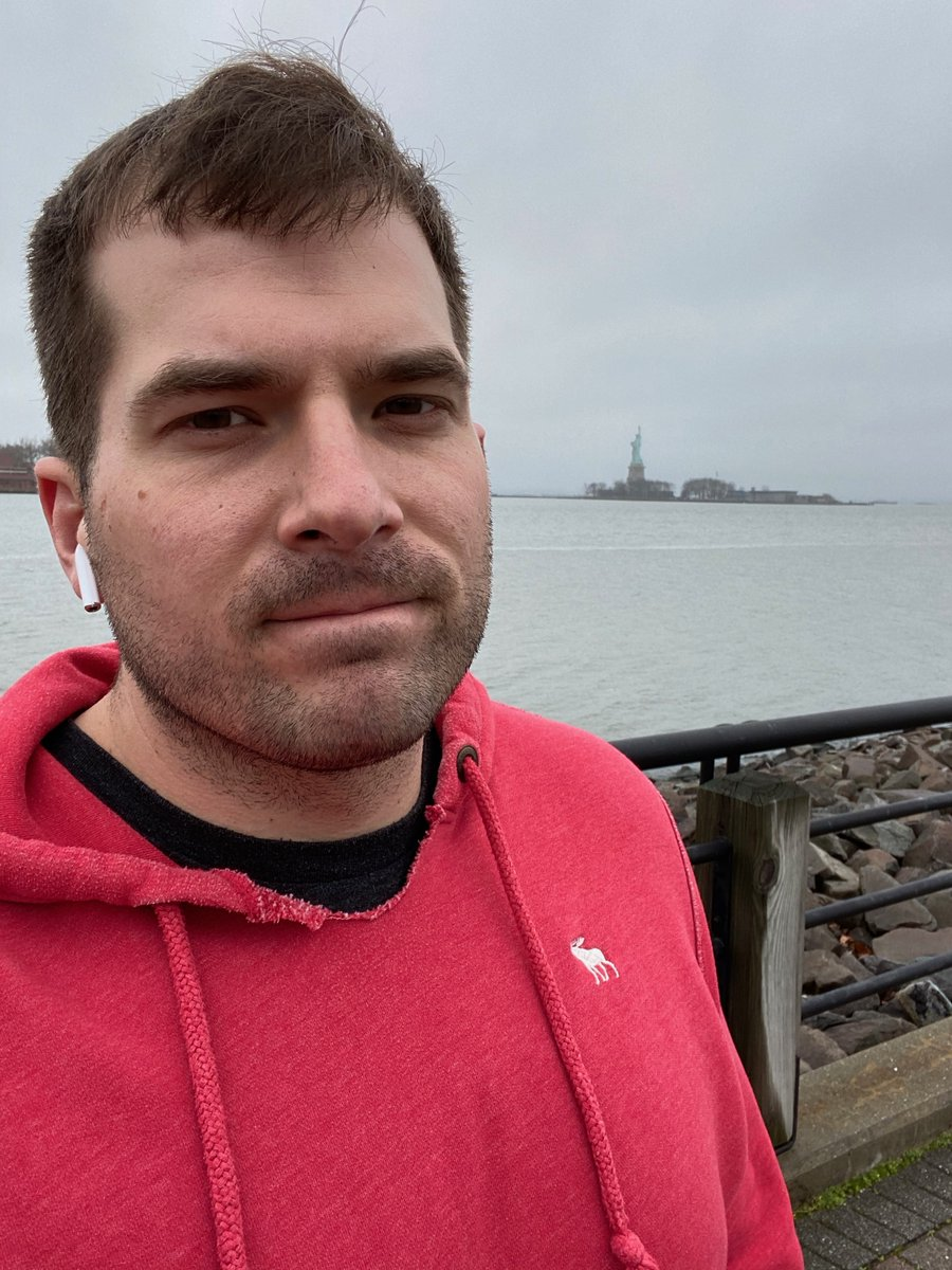 kab8609: Just visiting the Statue of Liberty for my @bigdamrun for #MagentoImagine https://t.co/kANEKWPS2X