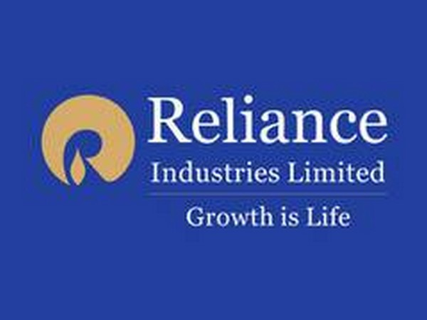 COVID-19: RIL announces Rs 500 cr donation to PM CARES Fund; 5 cr each to Maha, Gujarat  Read @ANI Story l