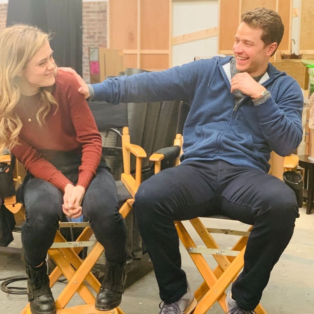 The only thing better than a new episode of #Manifest is this photo of the Stone siblings. 🤗 https://t.co/UvX28OY8Q3