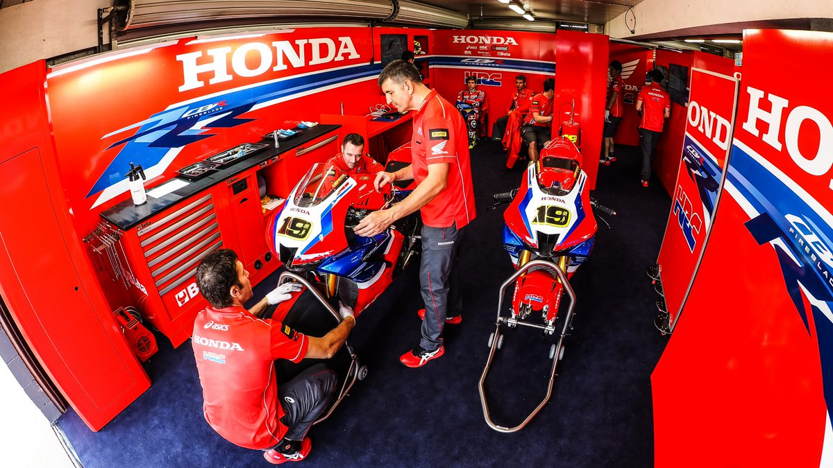 test Twitter Media - 💬HRC Team manager Colom on COVID-19 and CBR1000RR-R competitivity  📃INTERVIEW | #WorldSBK https://t.co/dXQ6IUmnpw https://t.co/8WEHNoOwbD