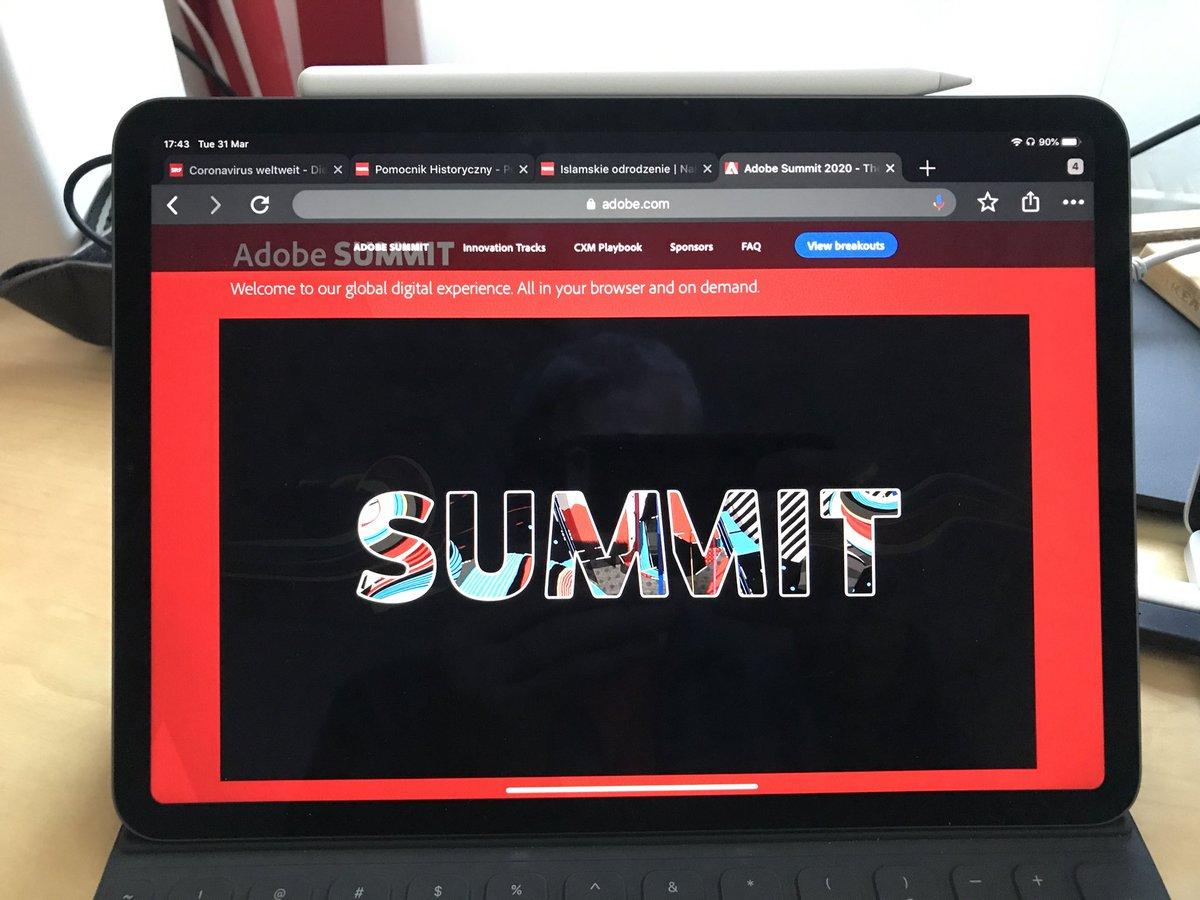 gklebus: #AdobeSummit - Probably the largest marketing conference keynote ever. #DigitalTransformation #online https://t.co/KQ8Syu2uTZ
