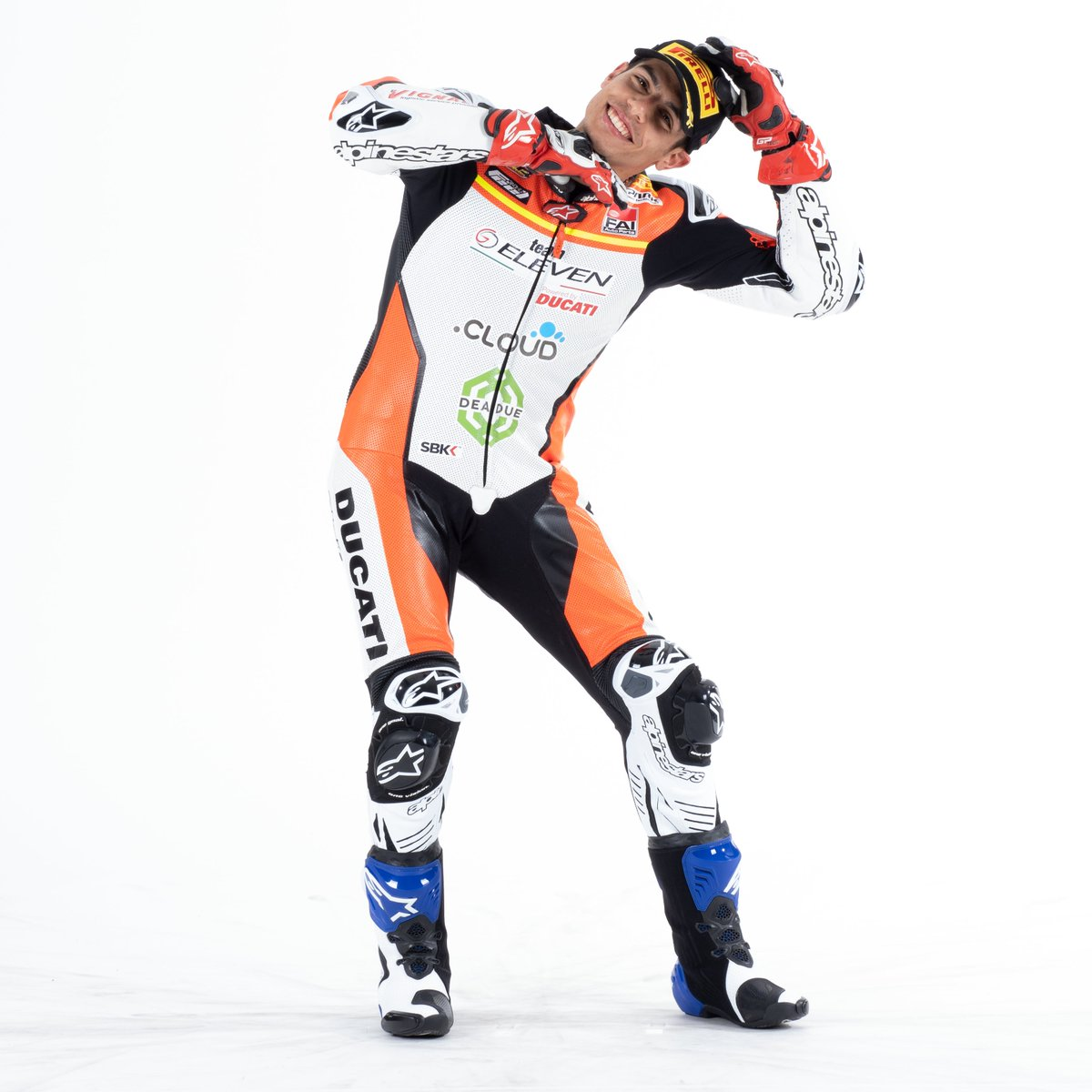 test Twitter Media - With #StayAtHome we thought we'd have a little fun with the riders for #AprilFoolsDay We asked them to do their victory celebration and for some we really have no idea what's going on! 🤪 @michaelrinaldi_ , can you explain this pose please?🤔 https://t.co/WKzOpXtfe9