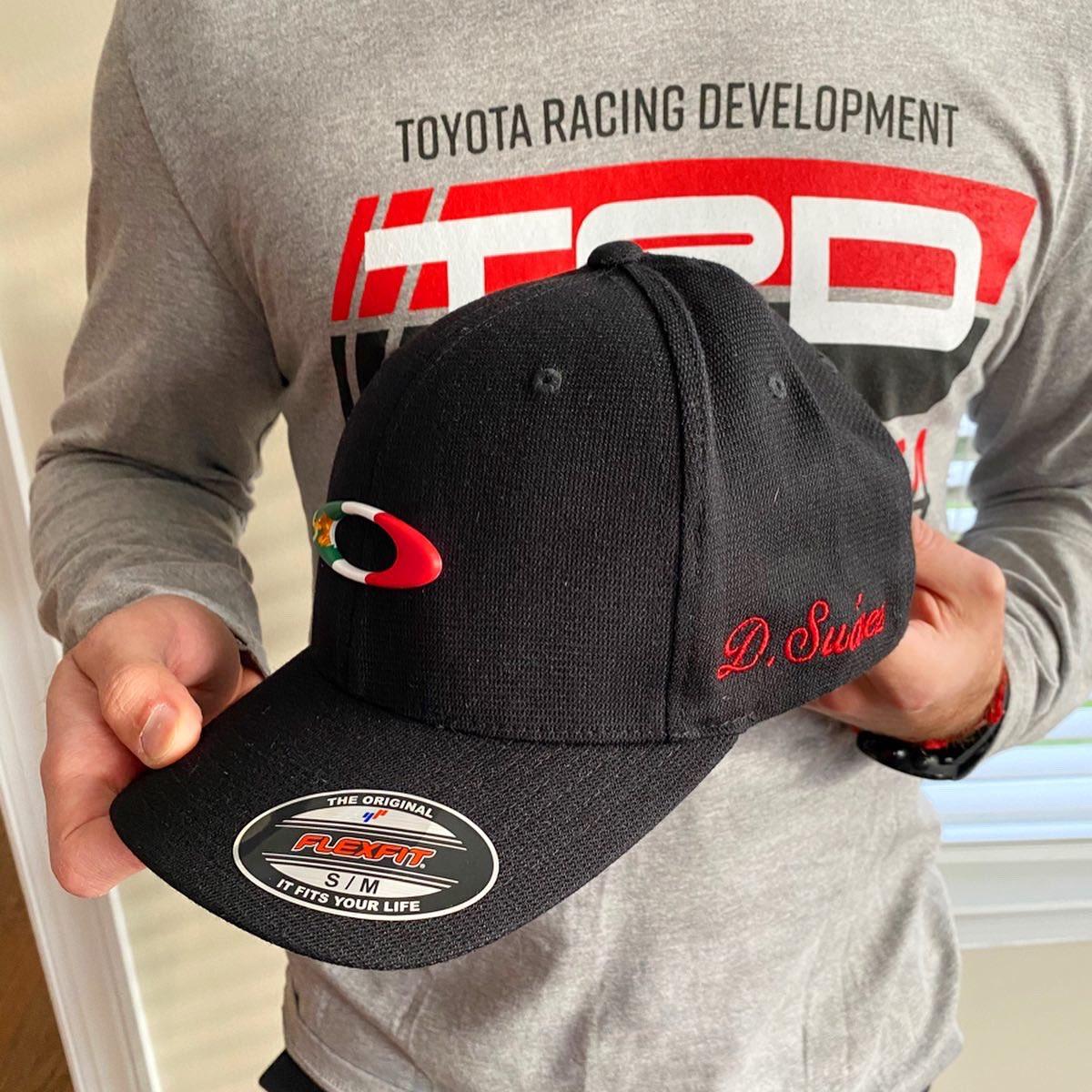 Coolest hat! 🧢🇲🇽 Big thank you to @club_ac3z for this amazing gift 🤙🏼 • Muchas gracias compa @club_ac3z por mi nueva gorra 😍 A seguirle dando duro 💪🏼🇲🇽  #SuarezNation #DanielsAmigos #TeamToyota