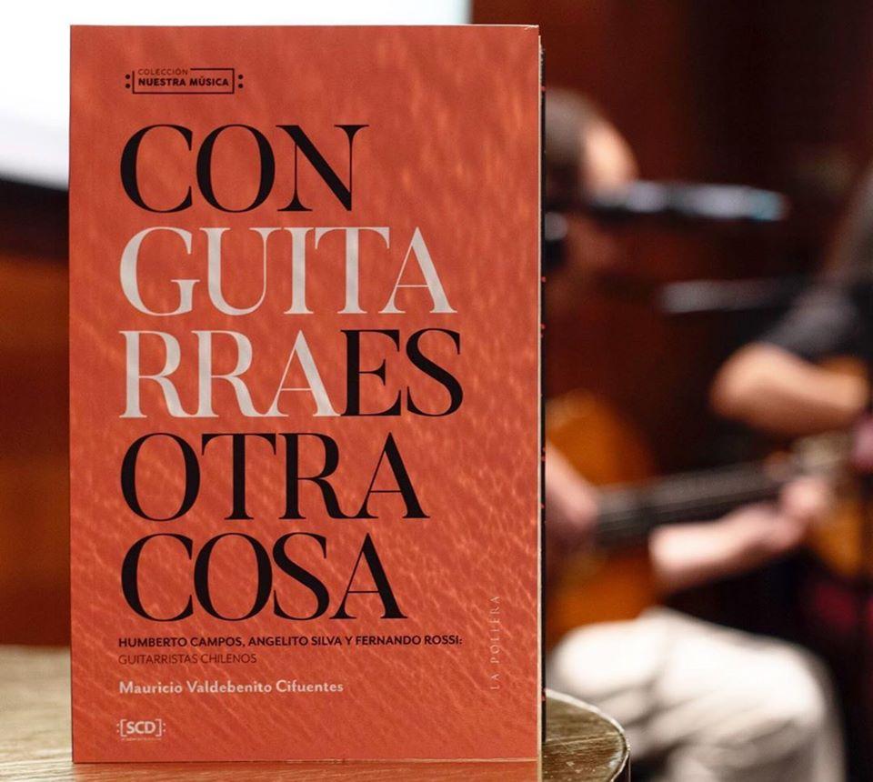 """test Twitter Media - Lectura musical en casa 🏠📚🎶  Si disfrutas el sonido de la guitarra o amas la música y el mundo de los libros al mismo tiempo: Te recomendamos """"Con guitarra es otra cosa"""", el libro de Mauricio Valdebenito.  💻 Cómpralo online vía @lapollera en https://t.co/mHg9zVbEOB https://t.co/rDneg78FRX"""