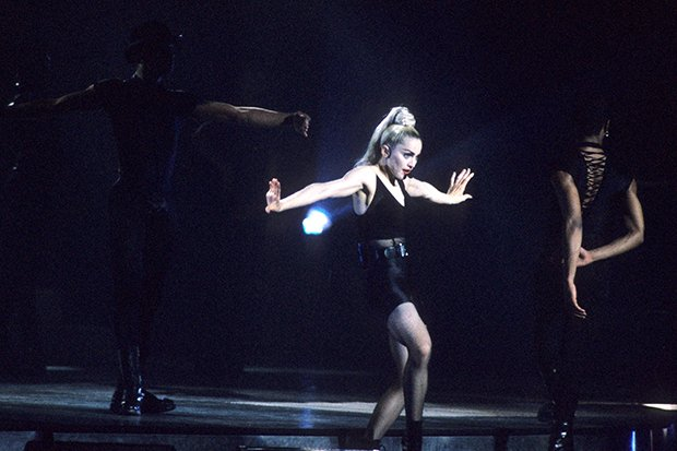 """Iconic. @Madonna uploads a live performance of """"Vogue"""" from the 'Blond Ambition Tour' & it's still ahead of its time: https://t.co/BrgweF8NlC https://t.co/MCAOh87juU"""