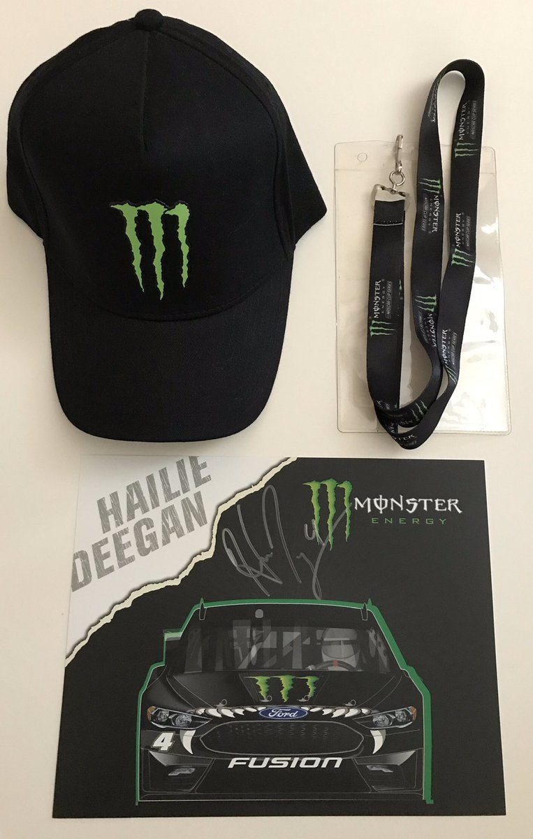 🚨GIVEAWAY🚨  Thanks to @HailieDeegan for sending me this ✍🏻hero card to support my #AutismAwarenessMonth giveaways. I added a @MonsterEnergy hat and lanyard.   To enter: 👇🏻 FOLLOW ME Retweet  Tag 2 friends  Type #AutismAwareness in #NASCAR  Winner picked April 8th