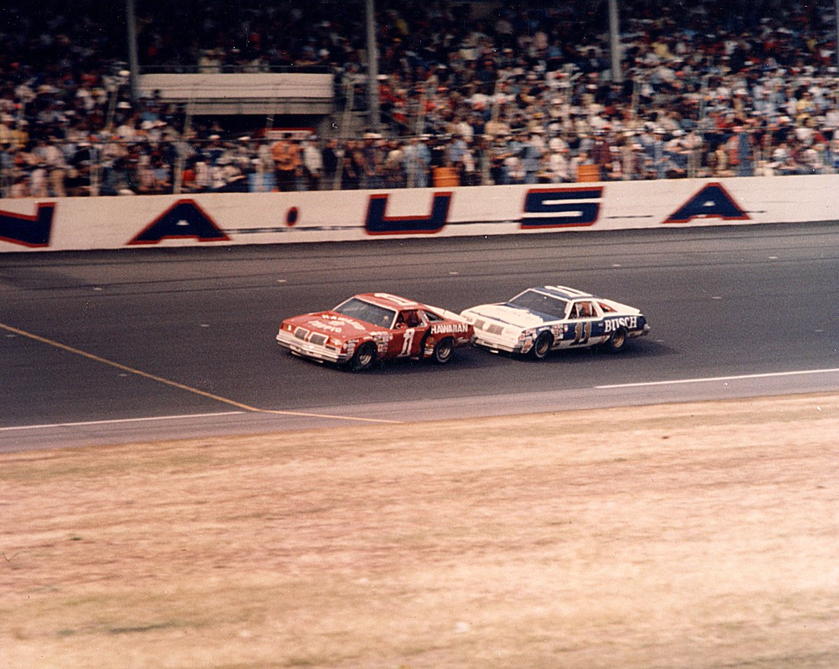 #TBT the first @NASCAR race to ever televise from start to finish had a movie ending finish 😏  Catch the 1979 #DAYTONA500 on @DISupdates Facebook page tonight at 8 pm ET 🙌