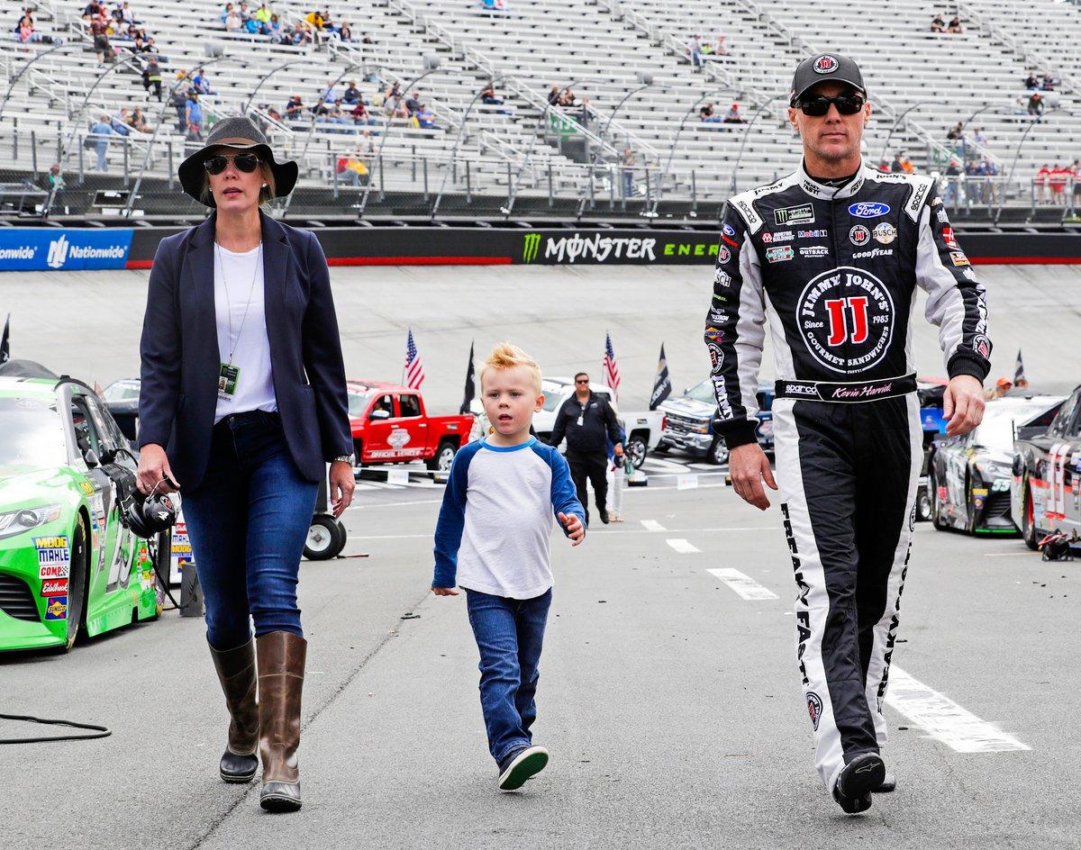 Talk the talk. Walk the walk. How 'bout this @BMSUpdates memory? 😎  #TBT // #NASCAR // @KevinHarvick