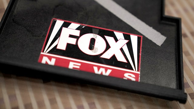 "Over 70 journalism professors sign letter slamming Fox News as a ""danger to public health"""