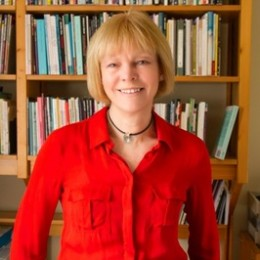 test Twitter Media - 1-1 feedback on your poems w/ @CaroleBromley1 (Skype, FaceTime or Zoom) - a wonderful opportunity to chat about your poems on a 1-1 basis, wherever you live.    Carole's the holder of @PoetrySociety's Hamish Canham Prize for Best Poem in Poetry News.   https://t.co/5L916fIQhx https://t.co/SDrVY7rHE8