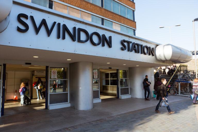 test Twitter Media - Thanks to our 195,656 followers, we're bigger than Swindon! https://t.co/7aXDyew3ki