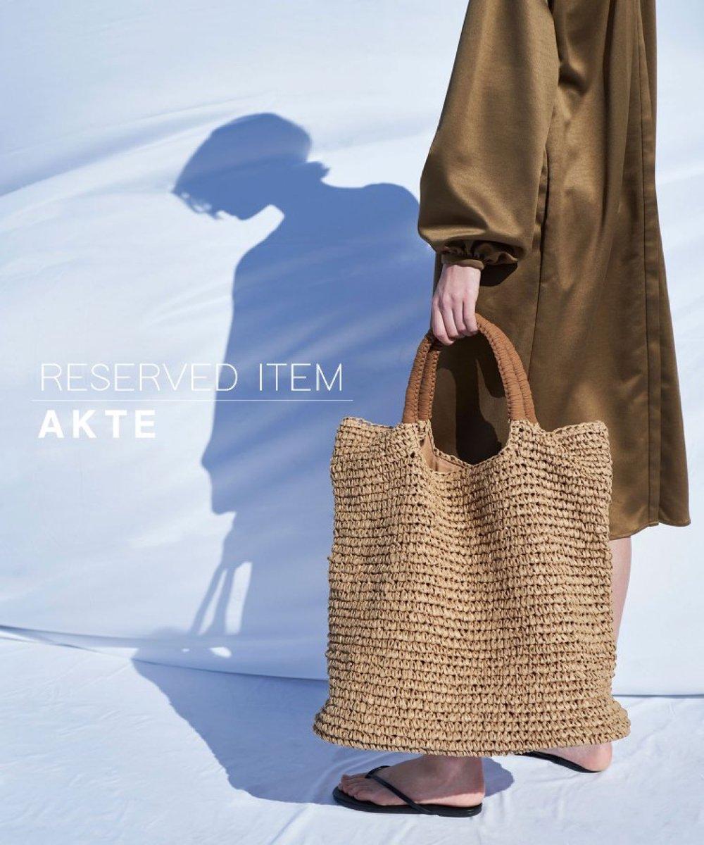test ツイッターメディア - 【ZOZOTOWN】  完売中のペーパーバッグの 再入荷予約がスタートしてます!  ZOZOユーザーはさっそくチェック☟ https://t.co/0U0Up1x34u  #AKTE #fashion #style #zozotown #アクテ #ゾゾタウン https://t.co/zkyRk2bmL1